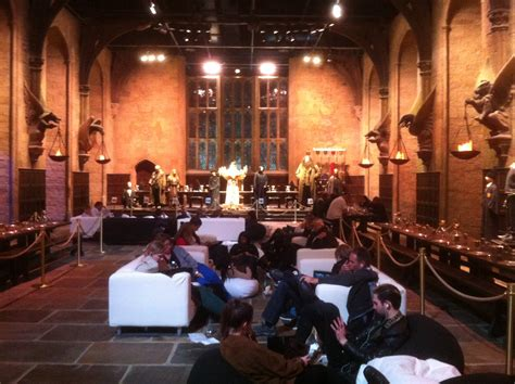 Hag and Ollie watch Harry Potter in the 'Real' Great Hall