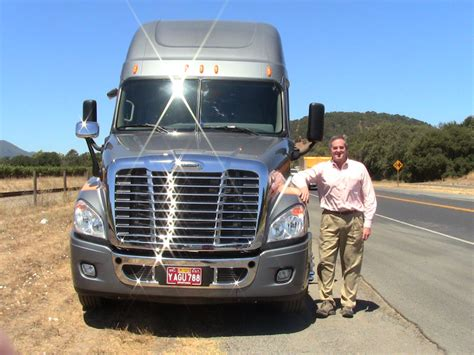 Behind the wheel of the 2014 Cascadia Revolution | Vehicle