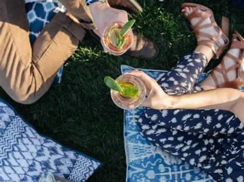 15 Outdoor Entertaining Essentials for Your Spring Party