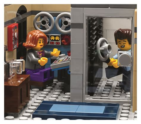 LEGO Creator Downtown Diner (10260) Officially Revealed