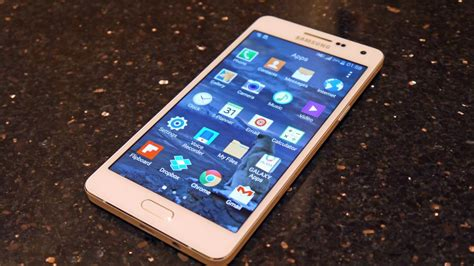 Can't afford an S5? Samsung Galaxy A3 and A5 are on sale
