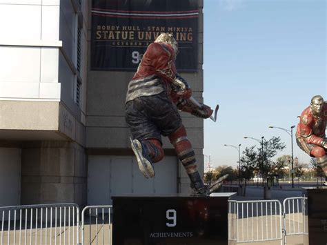 Bobby Hull | Sports Commission Bronze Statue | The Fine