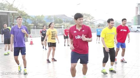 Indonesia shuttlers warming up in aerobic