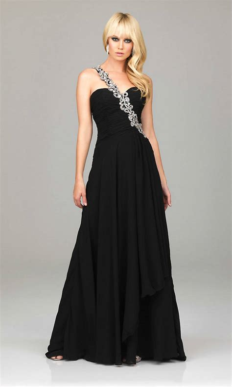 Make Yourself Look Stunning In A Black Prom Dresses - Ohh