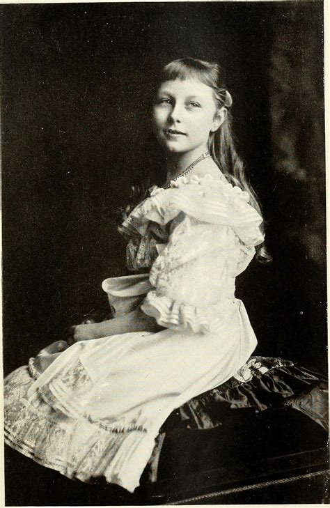 File:Princess Viktoria Luise of Prussia at the age of nine